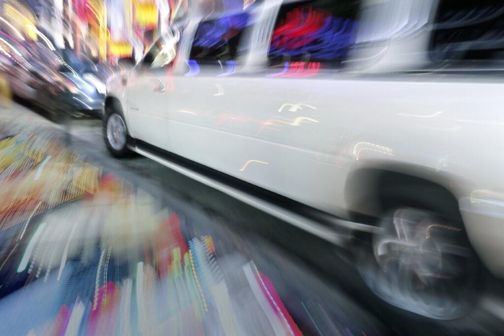 transporte limusina hummer despedidas